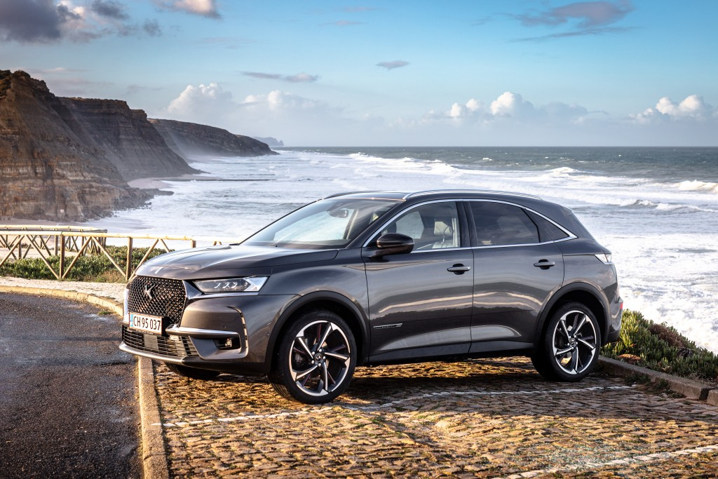 DS 7 crossback personbil